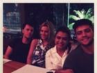 Carol Dieckmann e Preta Gil jantam em família: 'Um mundo de amor'