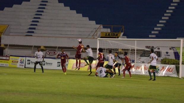 Sergipe vence o Guarany por 5 a 1 no sub-18 Sergipano (Foto: João Áquila/GLOBOESPORTE.COM)