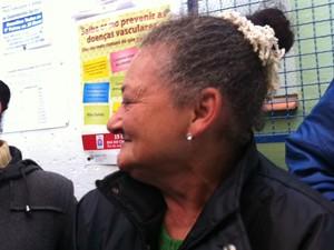 Rosalinda Ravena espera melhora no atendimento com a chegada da médica argentina (Foto: Luiza Gaidzinski Carneiro/RBS TV)