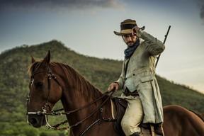 Rodrigo Santoro é o protagonista da primeira fase da novela Velho Chico (Foto: Globo/Sergio Zalis)