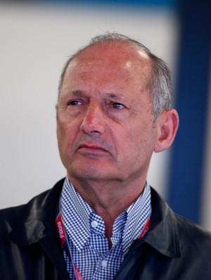 Retorno de Ron Dennis ao cargo de CEO da equipe promete acelerar recuperação da McLaren (Foto: Getty Images)