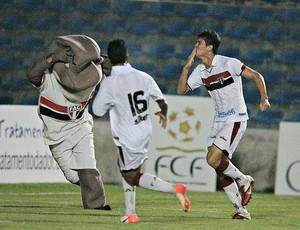 Giancarlo garante vitória contra o Guaraju (Foto: Kid Júnior /Ag. Diário)