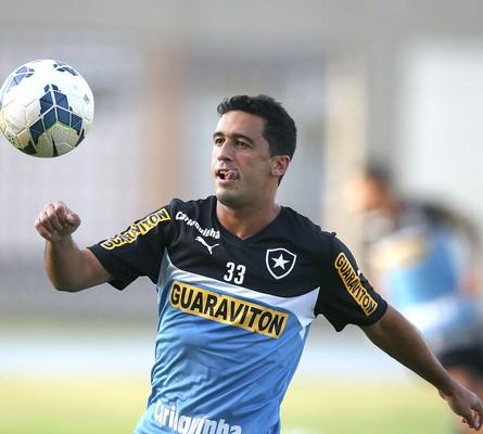 Edilson no treino do Botafogo (Foto: Satiro Sodre / SSPress)