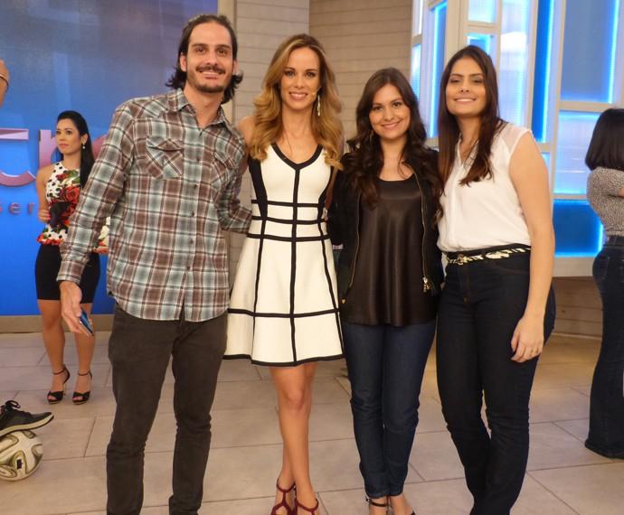 Ana Furtado entre convidados do programa (Foto: Marcele Bessa / Gshow)