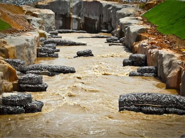 Sistema de Transposição de Peixes construído onde antes era a cachoeira de Santo Antônio (Foto: Alex Araujo/Divulgação)