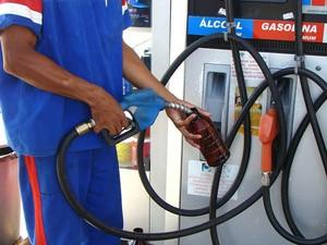Sindicato diz que houve reajuste de 6,6% na gasolina. (Foto: Secom-MT)