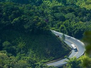 Trecho de serra da Rodovia dos Tamoios será interditado para passagem de carga especial (Foto: Divulgação)