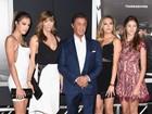 Filhas e mulher de Sylvester Stallone roubam a cena em première