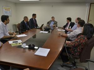 Representantes do BID e do TCE fizeram primeira reunião sobre auditoria (Foto: Jorge Filho/Divulgação TCE)