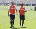 Com Pato e dúvidas, Corinthians volta aos treinamentos nesta quarta-feira