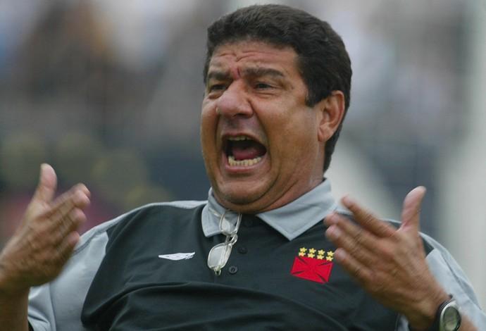 Joel Santana técnico do Vasco 2004/2005 (Foto: O Globo)