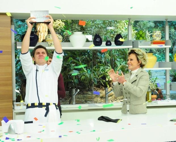 O gaúcho Charlie foi o vencedor do Super Chef 2011 (Foto: TV GLOBO / João Miguel Júnior)
