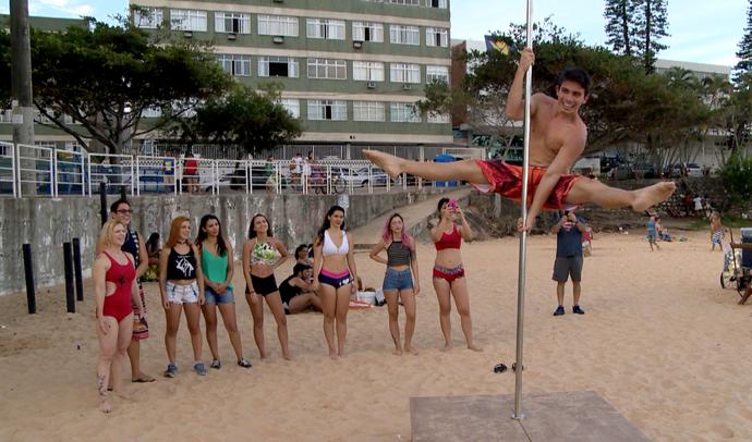 Os homens estão ganhando espaço no poledance (Foto: Divulgação / TV Gazeta ES)