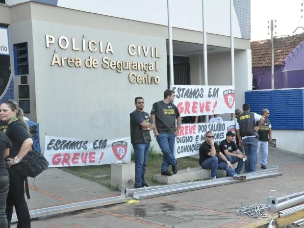 Policiais vão manter greve mesmo com decisão judicial, diz Sinpol/MS (Foto: Fabiano Arruda/G1 MS)