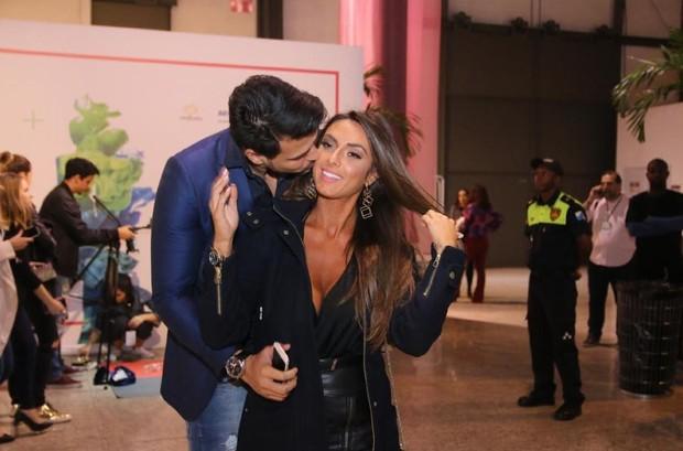 Marcelo Bimbi e Nicole Bahls (Foto: Daniel Pinheiro/AgNews)