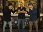Caio Castro e Felipe Titto viajam para Las Vegas e posam em 'clima UFC'