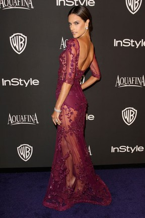Alessandra Ambrósio em festa em Los Angeles, nos Estados Unidos (Foto: Rachel Murray/ Getty Images/ AFP)