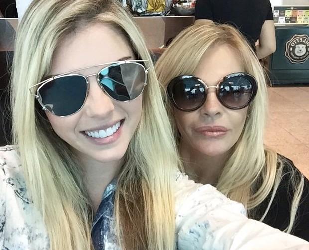 Bárbara e Monique Evans (Foto: Reprodução/Instagram)
