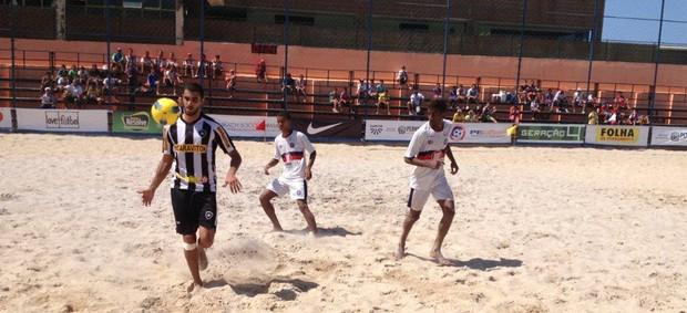 Futebol de areia Botafogo x Bahia (Foto: Ricardo Ribeiro / CBBS)