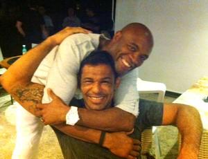Anderson Silva e Minotauro festa comemoração UFC (Foto: Amanda Kestelman / globoesporte.com)