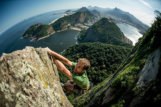 Felipe Camargo performs at Pao de Acucar in Rio de Janeiro, Brazil on March 28, 2016 // Marcelo Maragni/Red Bull Content Pool // P-20160727-00841 // Usage for editorial use only // Please go to www.redbullcontentpool.com for further information. //  (Foto: Divulgação)