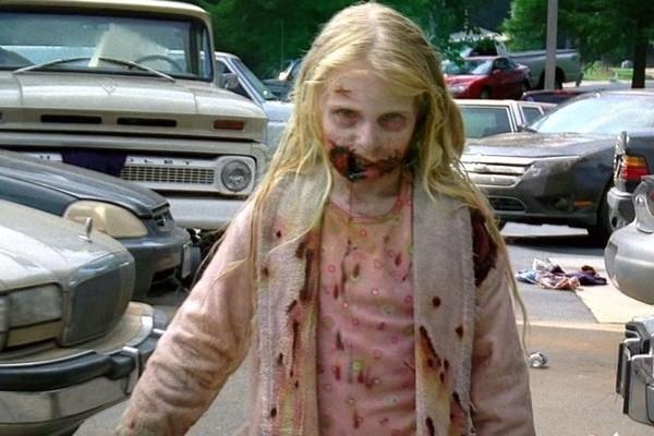 A atriz Addy Miller no primeiro episódio de The Walking Dead (Foto: Reprodução)