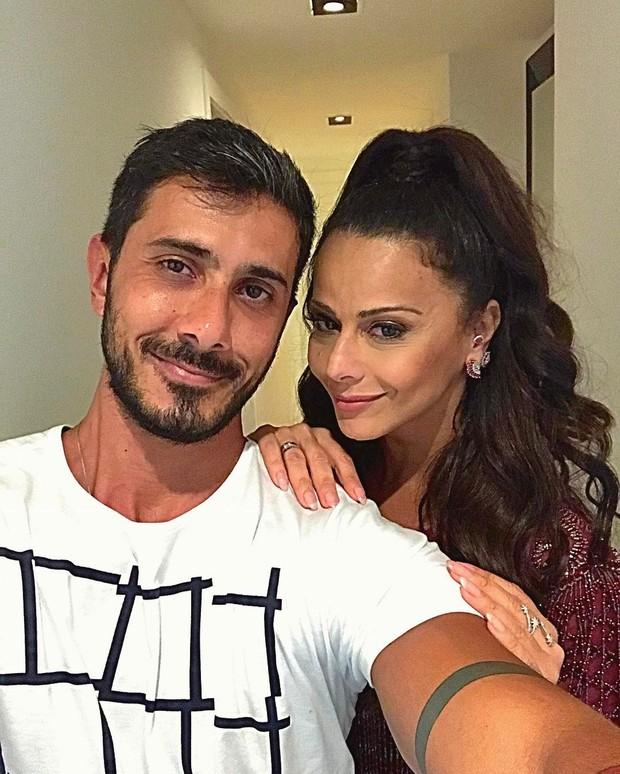 Maquiador com Viviane Araújo (Foto: Reprodução / Instagram)