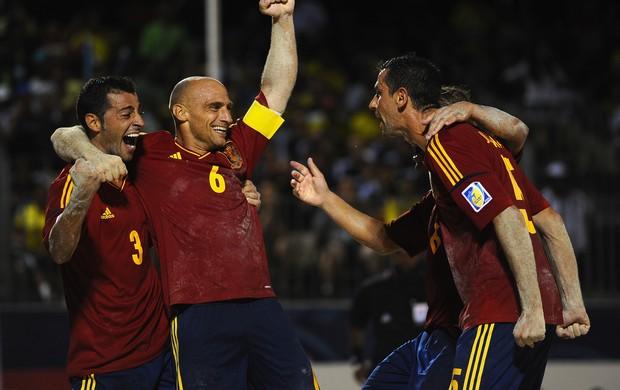 Seleção espanhola de futebol de areia, comemoração contra o Brasil (Foto: Getty)