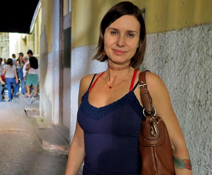 Paula Burlamaquy é Sueli, amiga de Atena, personagem de Giovanna Antonelli (Foto: Gabi Freitas/ Gshow)