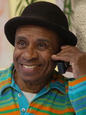 O humorista Aloísio Ferreira Gomes, conhecido como Canarinho, em 2005 (Foto: Divulgação/SBT)