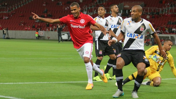 inter internacional vasco gol ernando (Foto: Diego Guichard/GloboEsporte.com)