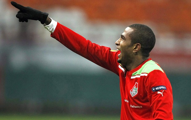 Майкон продлил контракт с Локомотивом на 3 года