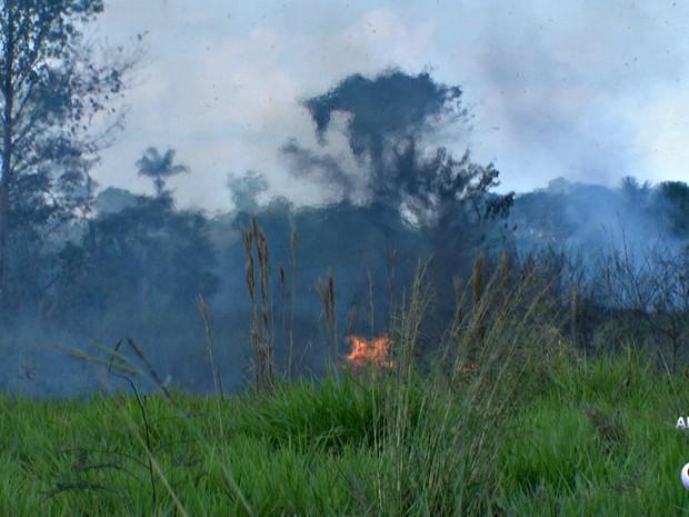 Até 30 de junho já foram registrados 757 focos de calor, segundo o Bombeiro (Foto: Reprodução Rede Amazônica Acre)