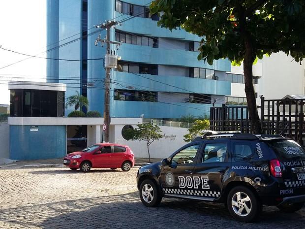 Mandados de busca e apreensão são cumpridos na manhã desta quinta-feira (20) (Foto: Sérgio Henrique Santos/G1)