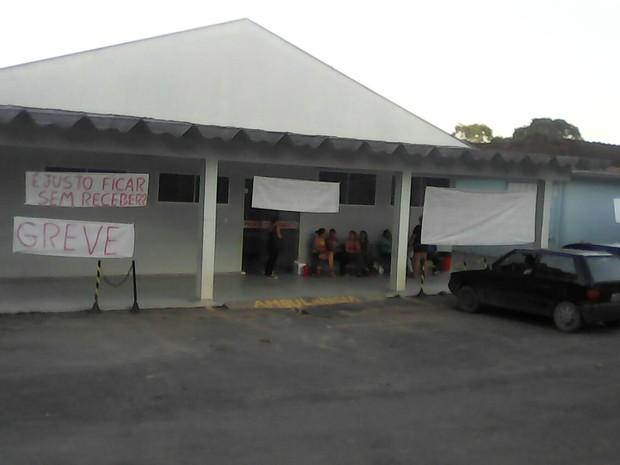 Por salários, funcionários de hospital em São João do Triunfo fazem greve (Foto: Claudio Augusto Lima/Arquivo pessoal)