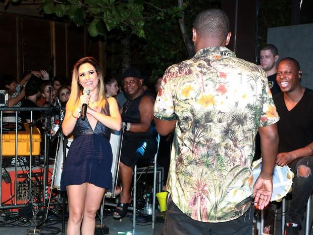 Tatá Werneck e Thiaguinho em festa em Trancoso, na Bahia (Foto: Dilson Silva/ Ag. News)