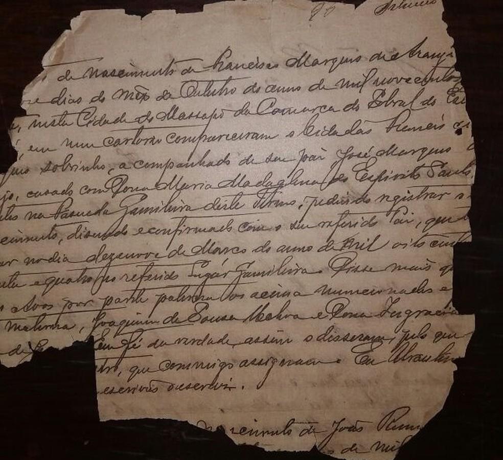 Em alguns casos, genealogistas recorreram a registros históricos incompletos. Documentos da Inquisição portuguesa são fontes de Assis Arruda (Foto: Reprodução)