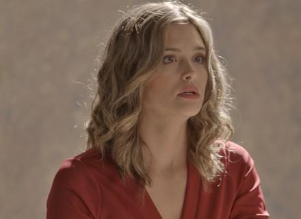 Cassandra deixa escapar para Rafael que Lili está grávida