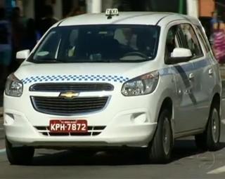 Taxistas de Barra Mansa terão que cumprir novas exigências (Foto: Reprodução RJTV 2ª Edição)