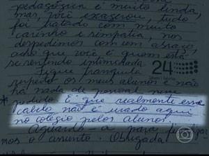 """""""Corte não é usado aqui no colégio"""", diz professora de Lucas (Foto: Reprodução/TV Globo)"""