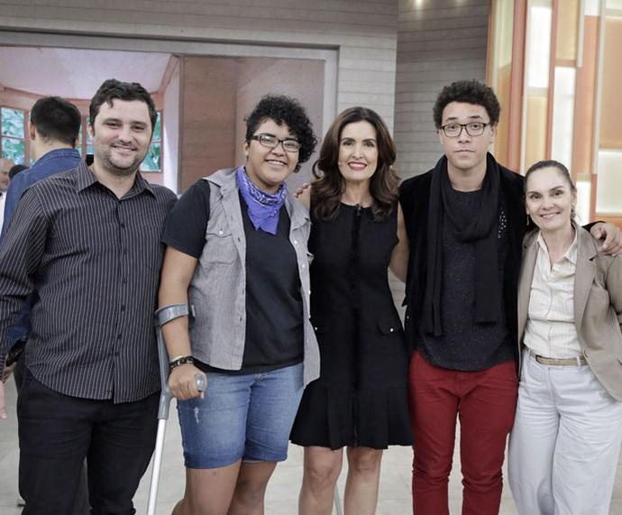 Mais convidados com a Fátima  (Foto: Artur Meninea/Gshow)