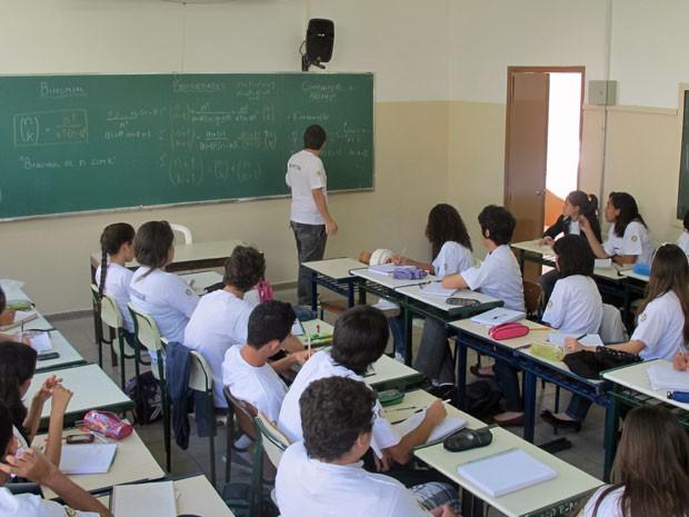 Aula de matemática no VOA em uma escola estadual da Vila Mariana, na Zona Sul de São Paulo (Foto: Vanessa Fajardo/ G1)