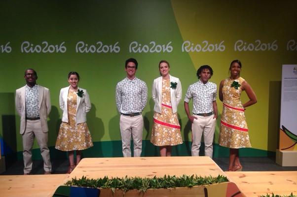 Os uniformes criados por Andréa Marques para a entrega das medalhas nos Jogos (Foto: Divulgação)