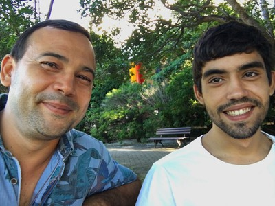 Marcos Zartur e seu filho, Lucas, são colegas no curso de Arquitetura e Urbanismo da Unifor.  (Foto: Arquivo pessoal)