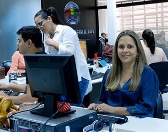Simone Gomes apresenta o SPTV 2ª Edição a partir desta segunda (9) (Foto: Marketing TV Fronteira)