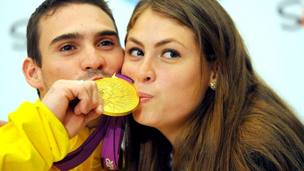 Arthur zanetti medalha de ouro coletiva (Foto: Marcos Ribolli / Globoesporte.com)