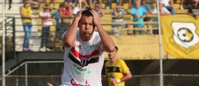 Giancarlo, atacante do Botafogo-SP (Foto: Rogério Moroti/Ag. Botafogo)