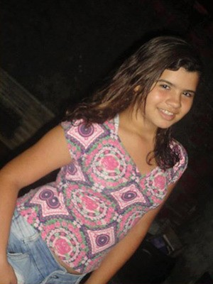 Foto da estudante Fernanda Elle, desaparecida na Paraíba, está sendo divulgada pelas redes sociais  (Foto: Divulgação/Arquivo Pessoal)