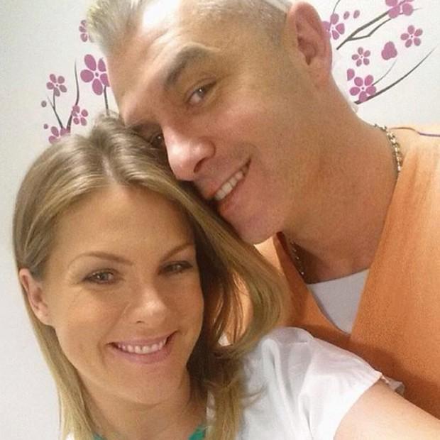 Ana Hickmann com o marido Alexandre prestes a dar à luz (Foto: Reprodução / Instagram)