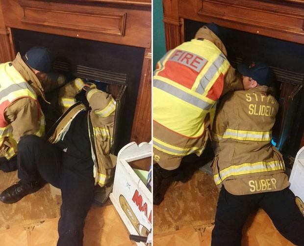 Bombeiros levaram mais de duas horas para resgatar pato  (Foto: Reprodução/Facebook/St. Tammany Fire Protection District)